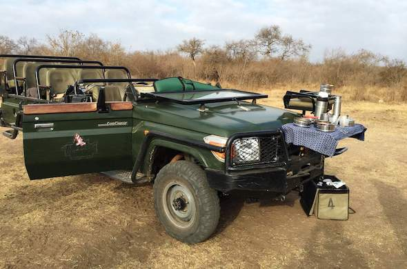 Enjoy tea and coffee on game drives.